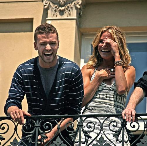 Justin Timberlake & Cameron Diaz laughing