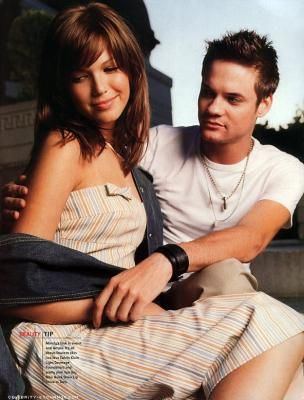 Mandy Moore & Shane West....I love A Walk to Remember :3