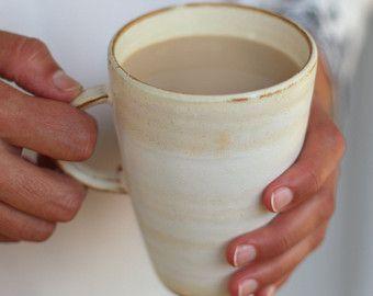 Blanco taza de café, taza de café de cerámica, taza de café de altura, taza de café hecho a mano, taza de café rústico, taza de té grandes, cerámica tazas de café, freshpottery