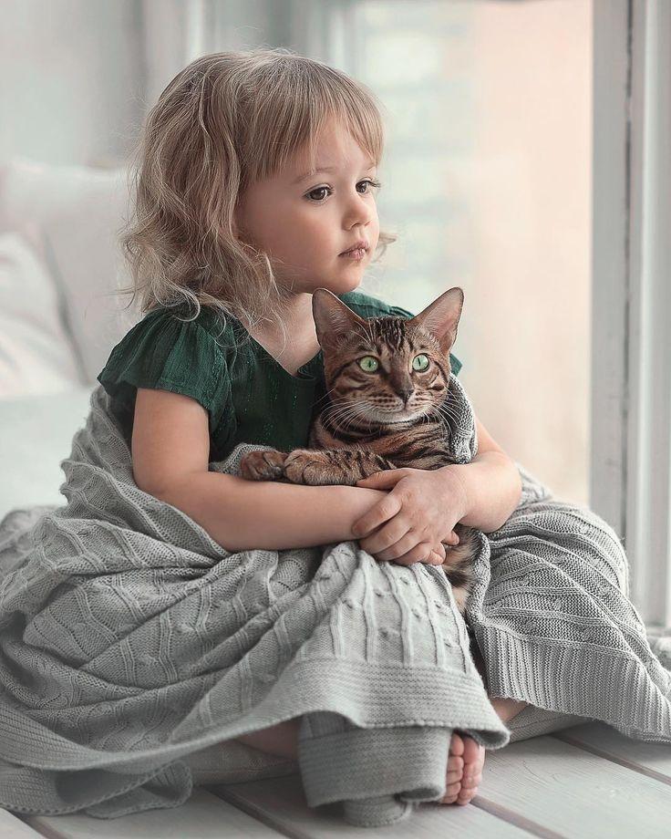 Нарисовать открытку, картинки дети и кошки