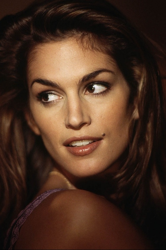 Cindy Crawford, assuming Wikipedia and IMDB are correct. For years I thought she was born in either 1964 or 1963.