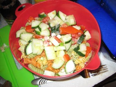 Super Easy Recipes For College Students: Light and Healthy Pasta Salad