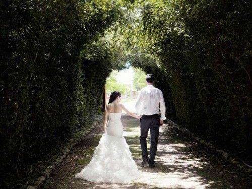 Las haciendas privadas se han convertido en una excelente opción para realizar bodas destino ya que cuentan con las instalaciones y amenidades perfectas para organizar tu boda y acomodar a tus invitados.