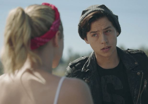 Riverdale Bughead 2x06 Death Proof