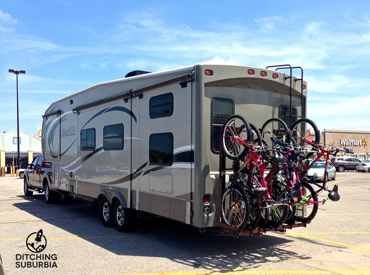 6 Bikes On The Back Of A Bunkhouse 5th Wheel