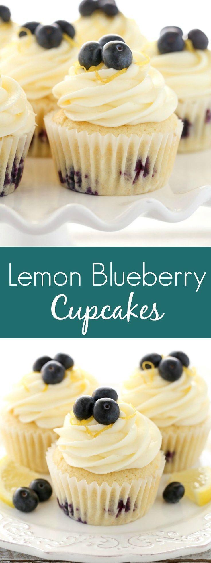 Weiche, leichte und feuchte Zitronen-Cupcakes mit frischen Blaubeeren und … …