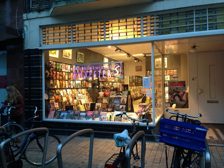 Specialization, passion and tangibility at Silvester comic book store