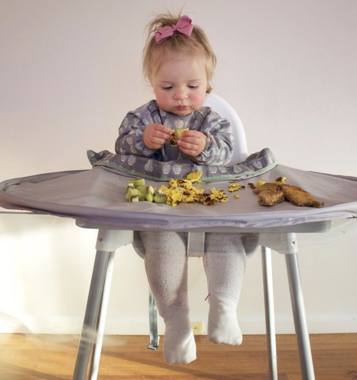 Toddler messy mealtime with Tidy Tot from AST+CO