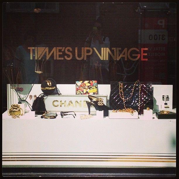 Vintage Store CHANEL #leshopshop#love#vintage#chanel#boheme#instalove#time´s up vintage