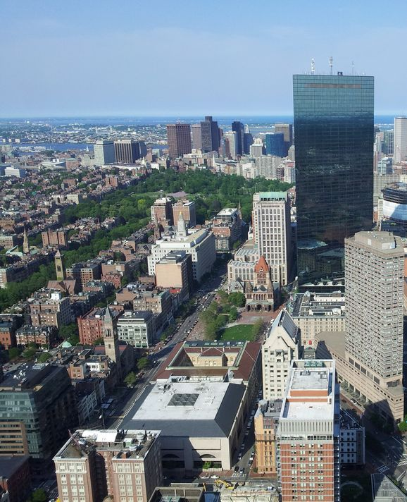 Compare #Boston #hotel deals from over 261 hotels and find your perfect room.