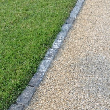 Traditional Driveway Landscape Design Ideas, Pictures, Remodel and Decor