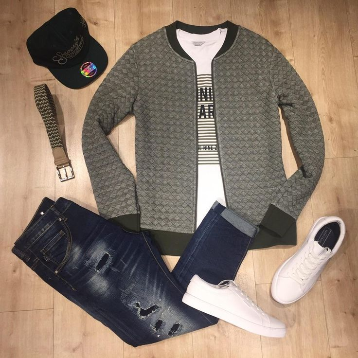 A really interesting casual spring street style!