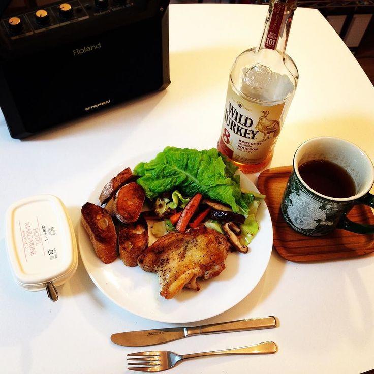 訳あって自炊 チキンステーキと紅茶ウヰスキー by kazutada_sasaki