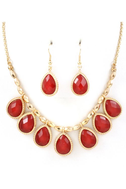 May Necklace Set in Rouge Shimmer