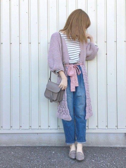 淡いピンクと紫の毛糸で編まれているロングカーディガン♡ウエストのくすみピンクのリボンもとっても可愛い