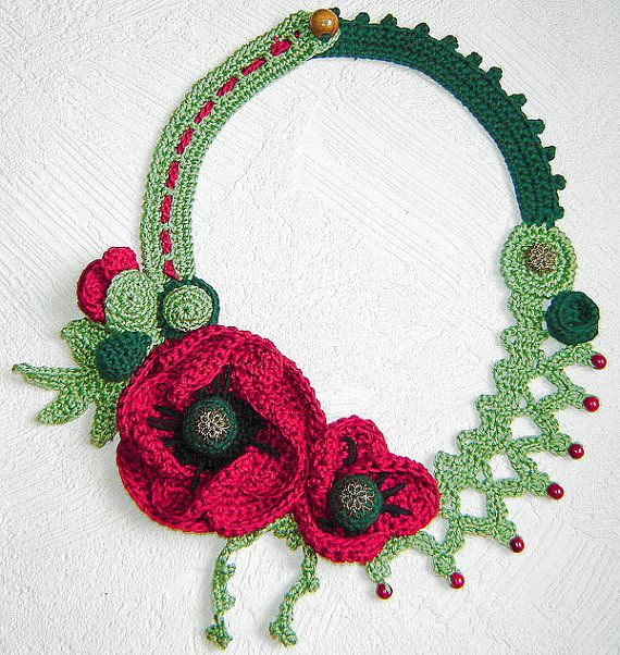 Poppies flowers crochet necklace. by agatsknitting on Etsy