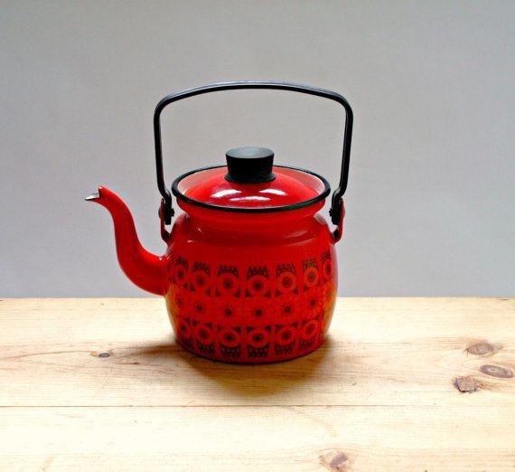 Loooooove!!! Kaj Franck Arabia Finel Enamel Teapot Kettle by GoodnightPrudence