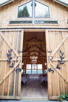 Granite Ridge Estate and Barn is a member of The Venue Report