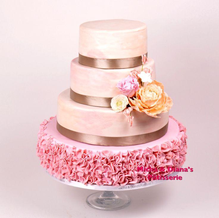 Bruidstaart met colorflow decoratie