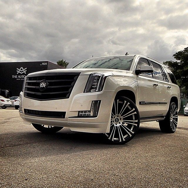 2014 Cadillac Escalade For Sale: 17 Best Images About Cadillac On Pinterest