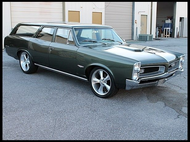 1966 Pontiac Wagon Dual Quad 389 Ci A Reason To Go Grocery Shopping Station Wagon Classic Cars Trucks Pontiac