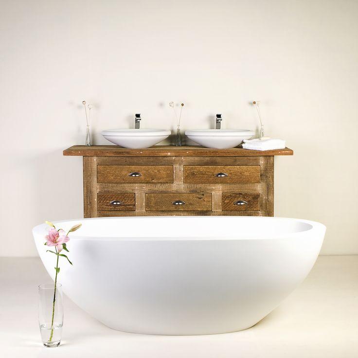 DADO Ovalle frestanding bath