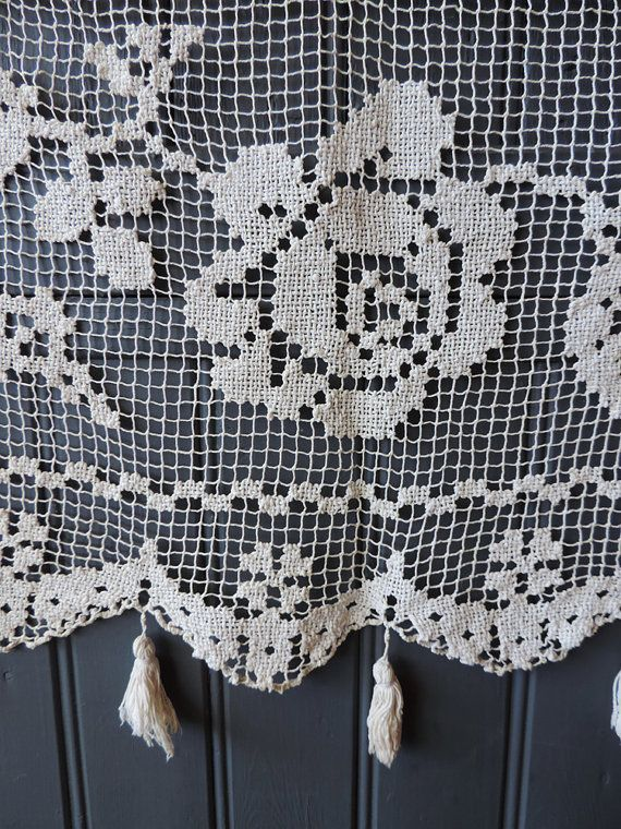 A beautiful hand made vintage french fillet lace by Frenchidyll