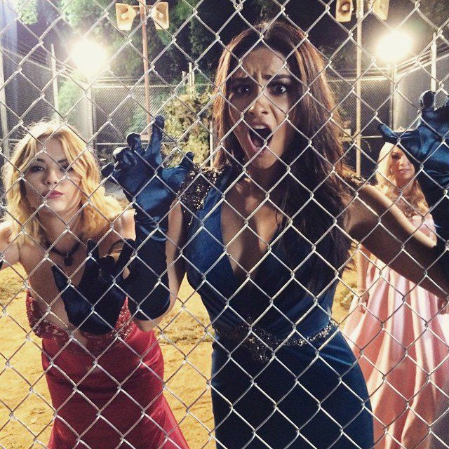 Pin for Later: 32 Photos des Filles de Pretty Little Liars Qui Vont Vous Donner de Sérieux #SquadGoals