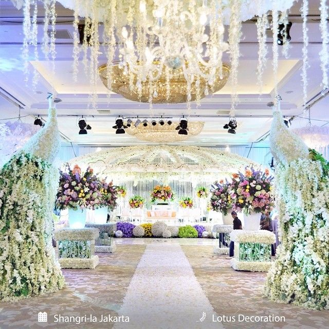 Instagram repost from our friend thebridestory ceiling instagram repost from our friend thebridestory ceiling height peacock made out of flowers are simply beautiful venue at shangrilajkt and de junglespirit Image collections