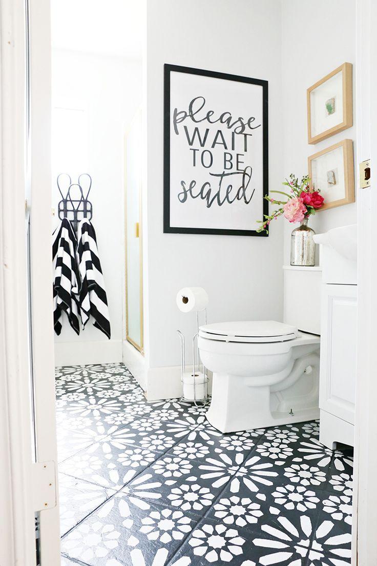 Diy Painted Stencil Bathroom Floor Banos With Images Painted Bathroom Floors Bathroom Flooring Painting Bathroom
