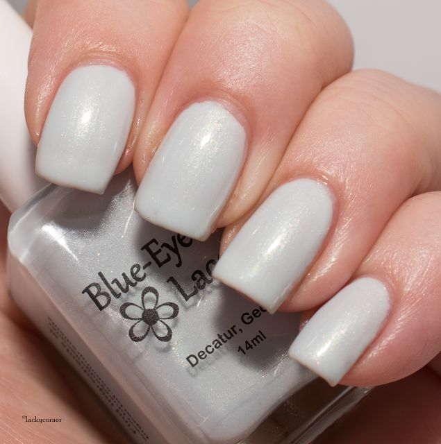 Lacky Corner: Blue-Eyed Girl Lacquer - Fianto Duri