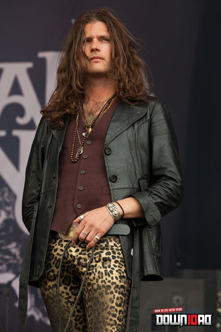 """This isn't """"yes.""""   This is """"Oh, hell yes!""""    Jay Buchanan - Rival Sons"""