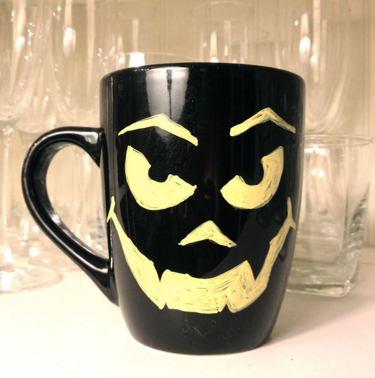 Halloween на Sees-All-Colors. Керамические кружки Mugnolias