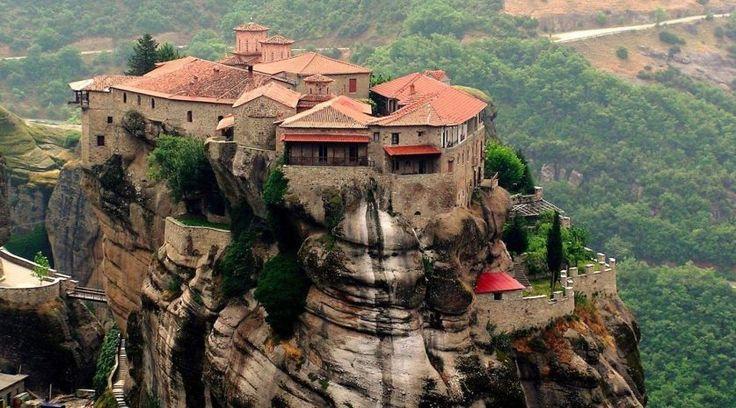 Γιορτές στη σκιά των Μετεώρων- 4 & 5 ημέρες – Antaeus Travel | Γραφείο Γενικού Τουρισμού Christmas Greece Χριστούγεννα Ελλάδα Ταξίδι