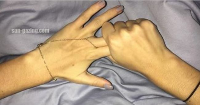 Rub This Two Fingers for 60 Second And See What Happen to Your Body...Unbelievable!