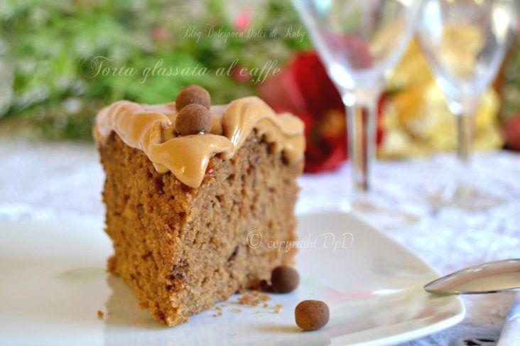 Torta glassata al caffè !!! Un dolce di classe morbido senza burro, una delizia unica!!!  Se piace l'aroma del caffè questa ricetta è da provare!!   QUI la Ricetta http://blog.giallozafferano.it/dolcipocodolci/torta-glassata-al-caffe/