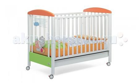 Foppapedretti Teneri Incontri  — 18837р. -----------------------  Детская кроватка Foppapedretti Teneri Incontri – это современные технологии и высокое качество материалов для самого комфортного и безопасного сна вашего малыша. Дно, регулируемое в двух положениях, и опускающаяся передняя стенка кроватки сделают ее использование максимально удобным для мамы.  Кроватка оснащена вместительным двухсекционным ящиком и прорезиненными колесиками с фиксаторами для ее легкого перемещения. Отсутствие…