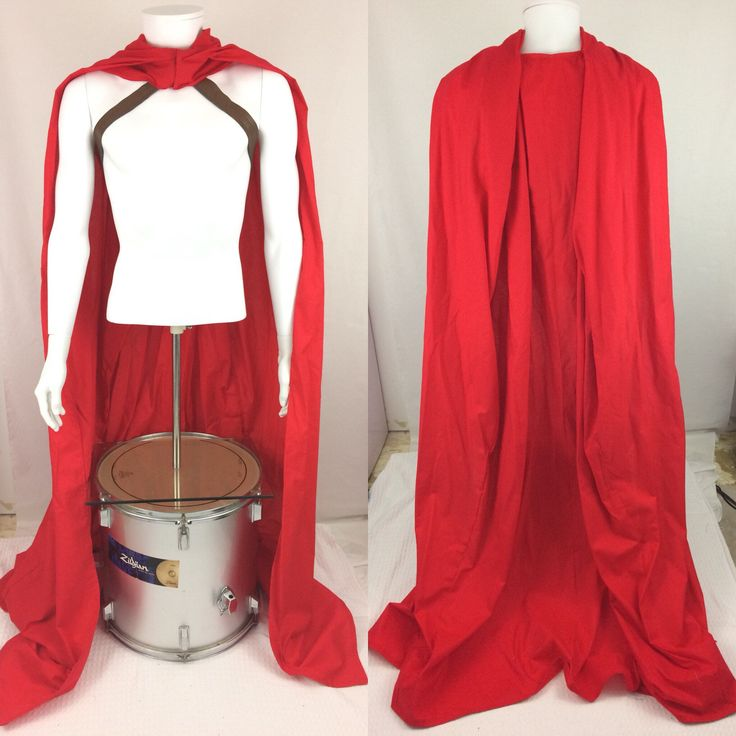 Spartan 300 Red Cape Leonidas Cosplay Costume by VeronicaTheViking on Etsy https://www.etsy.com/listing/599246023/spartan-300-red-cape-leonidas-cosplay