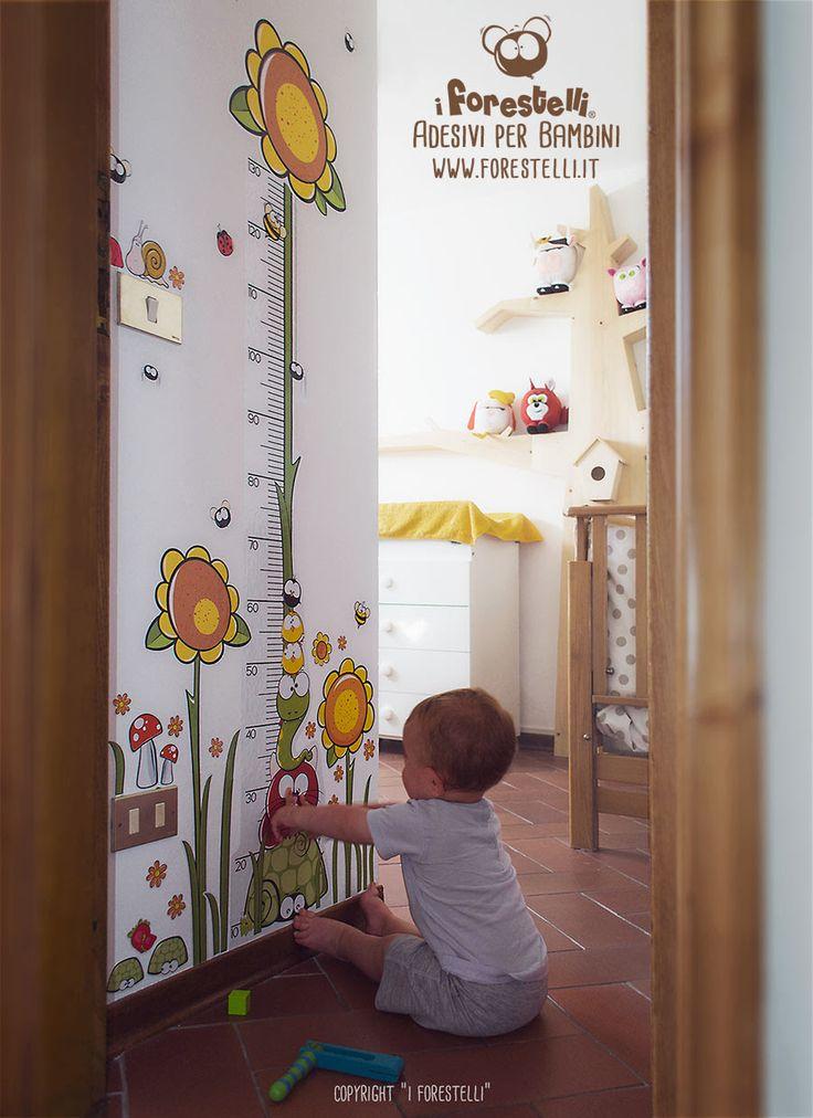 KIDS-LIFE METER by Forestelli. This is a super original kids life meter made by wall stickers. http://forestelli.it/metri-crescita-per-bambini/metro-crescita-bambini-girasole-220