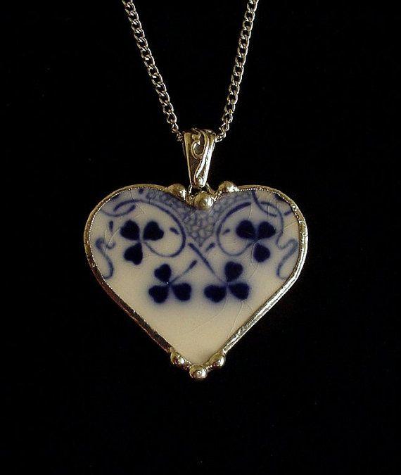 Broken china jewelry heart pendant necklace