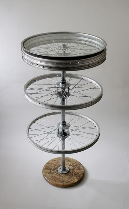 Great A Pretty Rad DIY Bike Wheel Table!