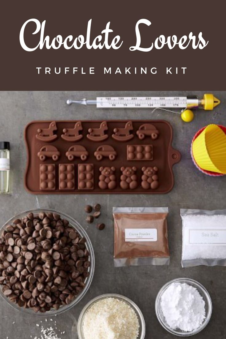 Williams Sonoma organic chocolate making kit - a complete kit that lets you develop truffles in popular varieties #chocolate #truffles #giftideas #makeyourown #ad