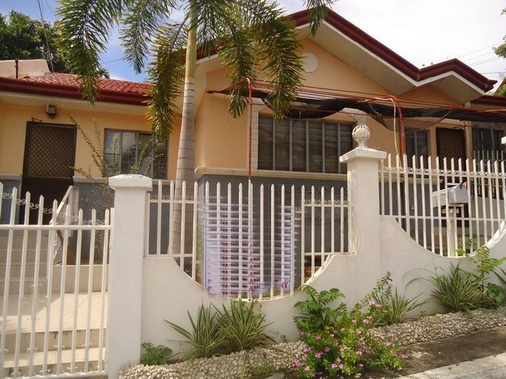 House and Lot for Rent,,3br,2toilet for only 15,000,00 Secured and peaceful place were you can relax,,, live with no worries,, Master's bedroom, with double size bed,huge cabinet closet,,1 toilet and bath,,,and aircon,, 2 bedroom has cabinet closet and bed,, Living area has sala set,,cabinet design and decarations. Dining area has dining table glass with eight setters chairs,, For the Kitchen,,it has a mini bar,,refrigerator,gas range,,and plate organizer.,,,