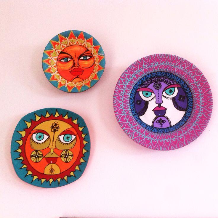 Platos decorativos pintados a mano
