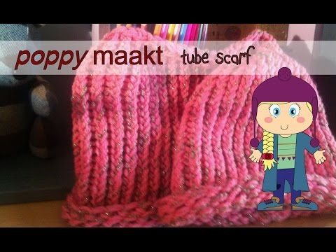 Poppy makes… a tube scarf. In this video tutorial I will explain how you can make a tube scarf. So you can make you warm winter set complete with the beanie. Have fun! Poppy maakt… een colsjaal. In deze instructie video zal ik je uitleggen hoe je een colsjaal maakt. Zodat je een warme winter set kunt maken met jouw muts. Veel plezier!