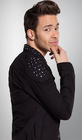 Why are you so good looking? I love you Prince Royce.