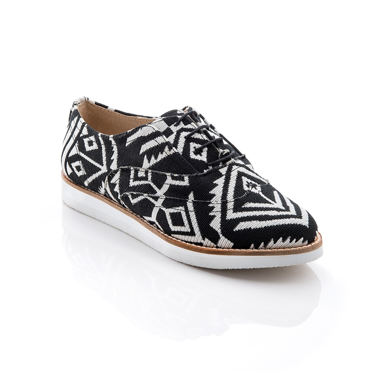 Wow, these tribal-patterned oxfords are great!Casual Shoes, Style, Shoemint Com, Frankie Shoes, Frankie Oxfords, Aztec Prints, Shoes Aztec, Aztec Shoes, Black Patent