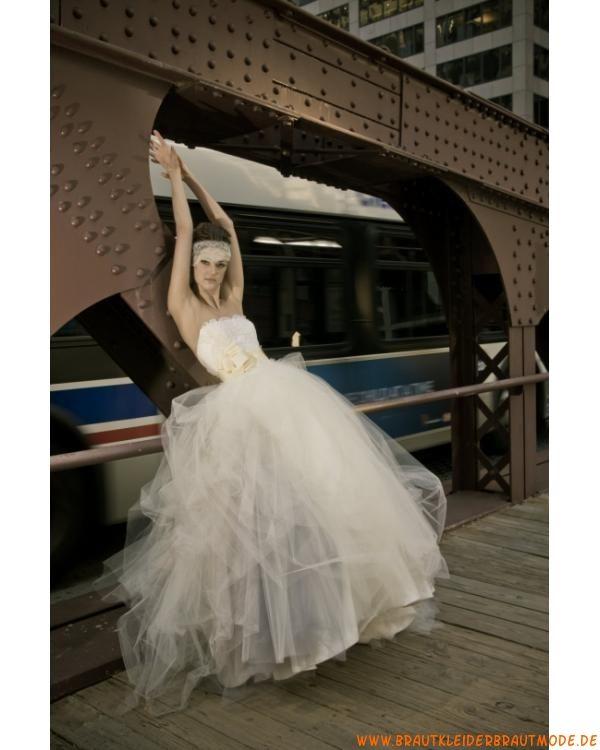 Moderne sexy Brautkleider aus Satin und Netz mit Spitze Ballkleider München kaufen online