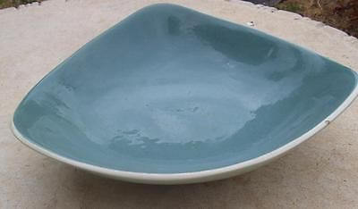 SIGNED MARTIN BOYD AUSTRALIAN POTTERY SALAD OR FRUIT BOWL