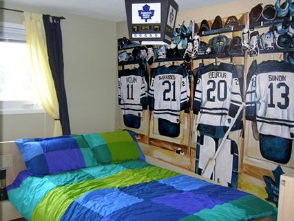 17 best ideas about hockey theme bedrooms on pinterest hockey bedroom hockey room and hockey. Black Bedroom Furniture Sets. Home Design Ideas